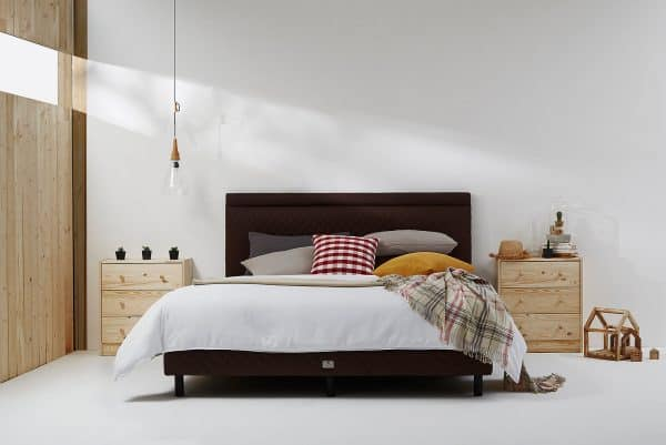 Lotus The City Bed | Collection - Late 1